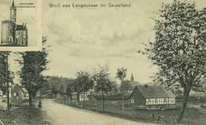 """(v.l.)Haus Gerke-Franzes, Drechslerei Guntermann, Bildmitte das wohl älteste Haus Nr. 1 """"Dohle-Jostes"""", (re.) Haus Schmalen-Stoffels."""